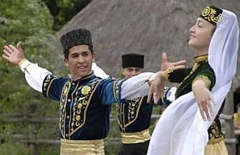 KIRIM'IN HIRİSTİYAN TÜRKLERİ: URUMLAR - Doç. Dr. Yonca Anzerlioğlu