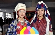 """Kırgızistan'da geleneksel başlık """"Eleçek"""" yeniden hayat buluyor"""