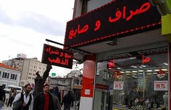 İstanbul'da Arapça tabelalar sökülüyor