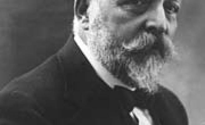 Millî Edebiyatın Öncüsü: MEHMET EMİN YURDAKUL - Ali Alper ÇETİN