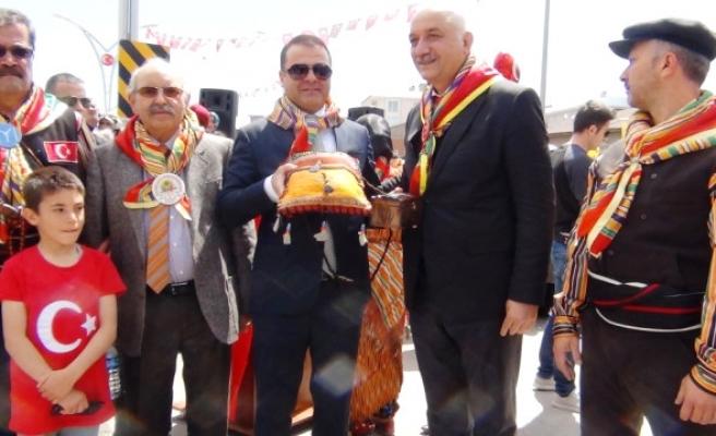 Türk Dünyası Yörük Türkmen Birliği Heyeti Erciş'te