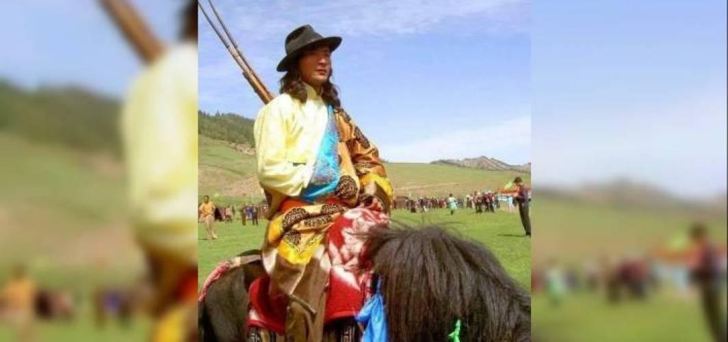 Sarı Uygurlar - Dr. Shurubu Kayhan