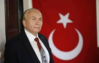 Türk Bayrağı Yanlış Asılıyor-Yalçın Mıhçı