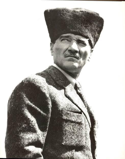 Atatürk'ün Hayatı, Atatürk'ün Anıları, Atatürk'ün Resimleri, Atatürk'ün Devrimleri,