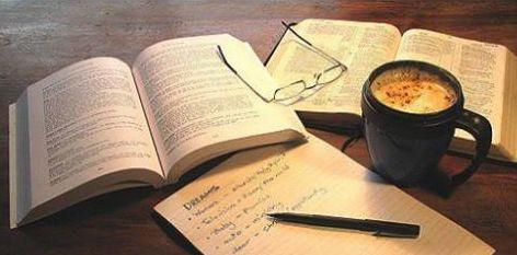 Biz de (bağlaç) nasıl yazılır?Bizde (bulunma eki) nasıl yazılır?